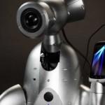 Shimi, un robot que te selecciona y toca la música