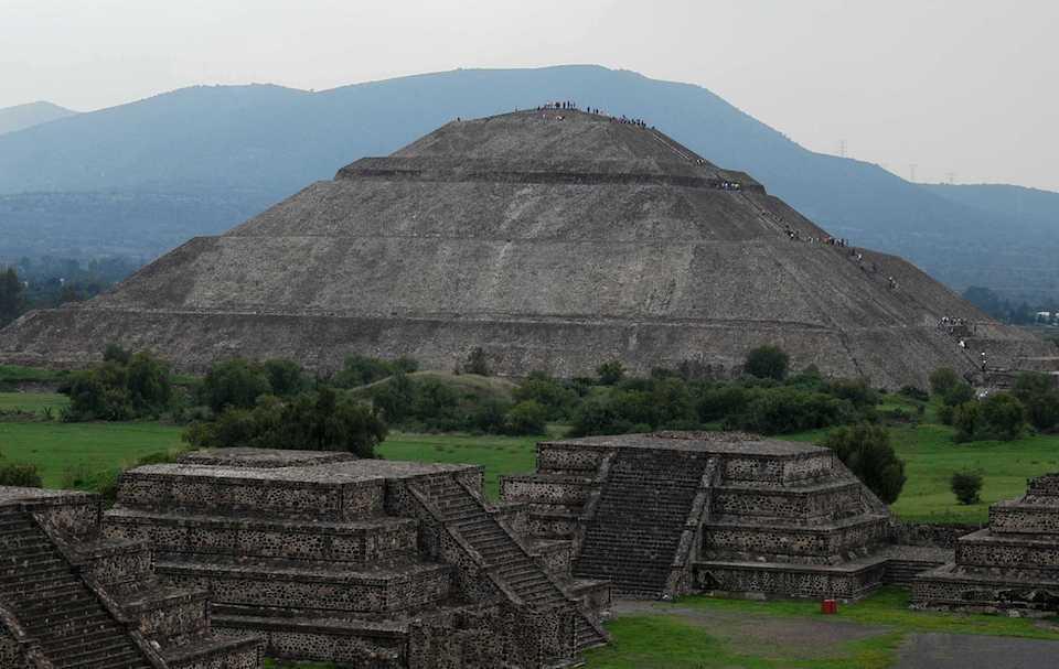 La Pirámide del Sol en Teotihuacán se encuentra ligada al calendario ritual, no a equinoccios- M. Tapia, INAH