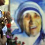 La Madre Teresa de Calcuta, falleció el 5 de septiembre de 1997 mientras preparaba una misa para Lady Di