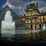 1993. El museo del Louvre, se convierte en el mayor del mundo al inaugurarse el Ala Richelieu.