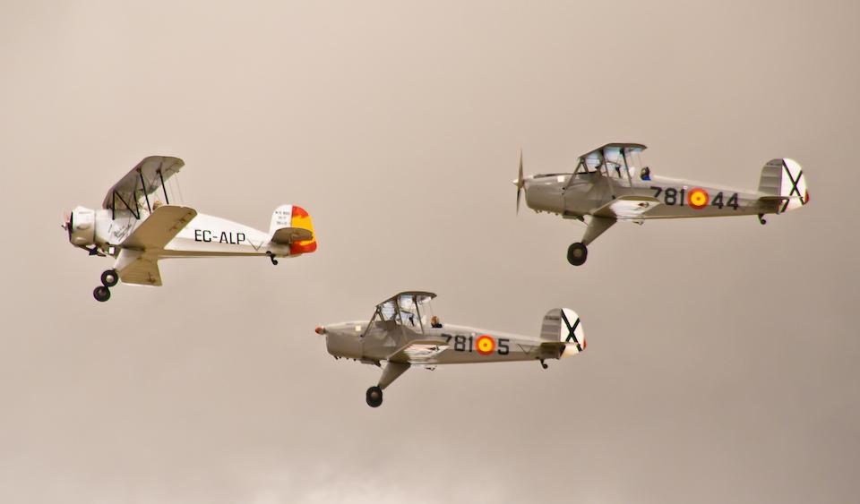 Avionetas volando