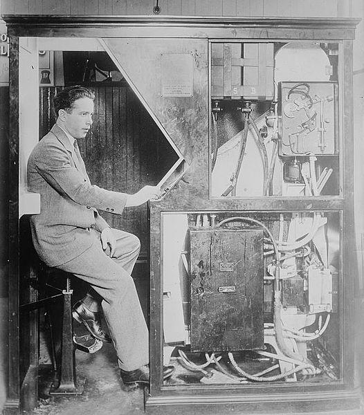 Anatol Josepho y su Fotomatón