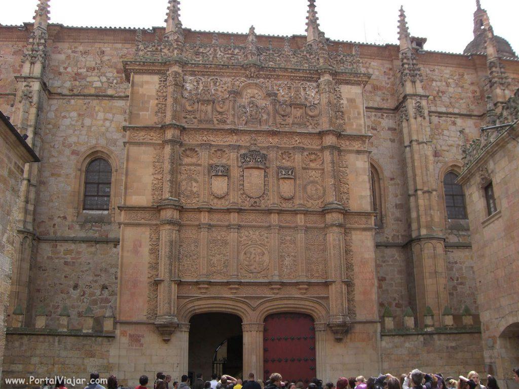 Fachada de la Universidad de Salamanca- portalviajar