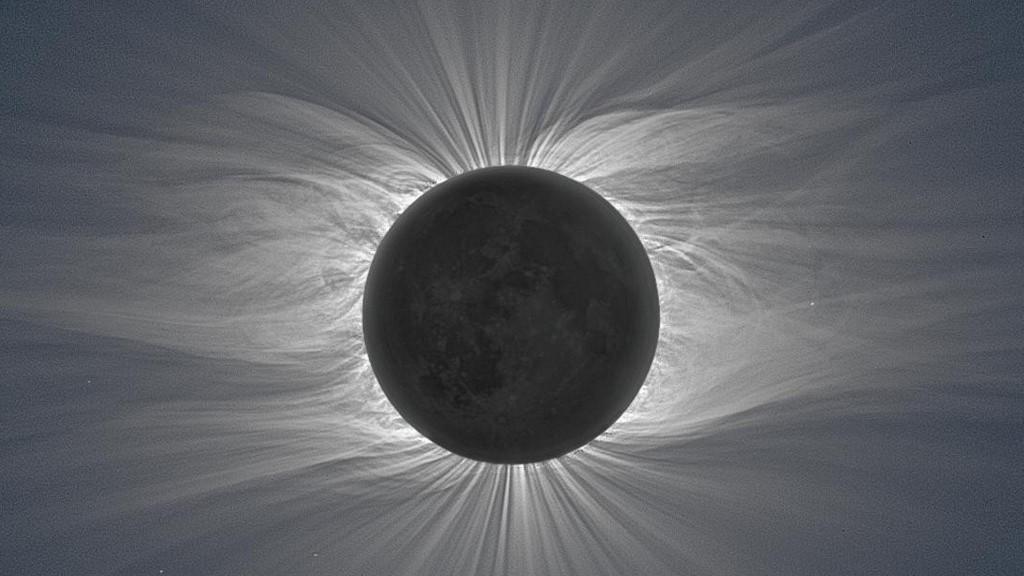Corona solar del eclipse de sol del 22 de julio de 2009- Miloslav Druckmuller