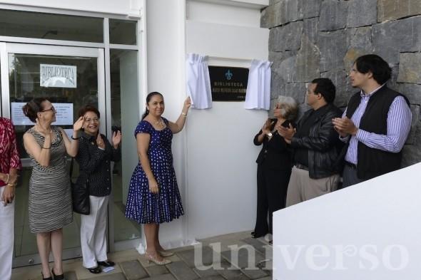Develación de placa de la biblioteca Marco Wilfredo Salas Martínez