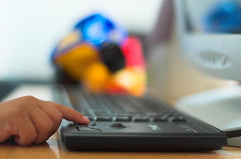La moralidad de los jóvenes se diluye con el uso de medios digitales
