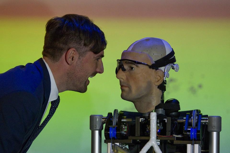Bertolt Meyer y el hombre biónico, Xinhua/National News/ZUMAPRESS