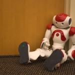 Mejoran la vida de los robots NAO y ganan concurso