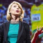 Amy Cuddy: El lenguaje corporal moldea nuestra identidad