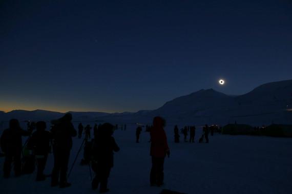 El eclipse solar visto desde Europa y el espacio
