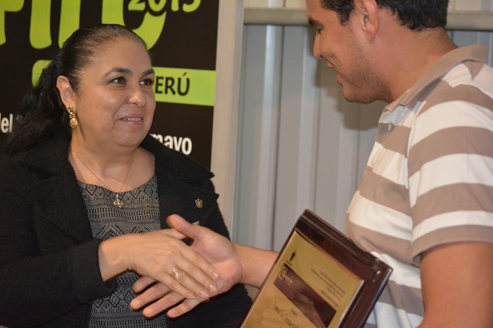 Premio La Ciencia y el Hombre para Alejandro Muñoz Aldape
