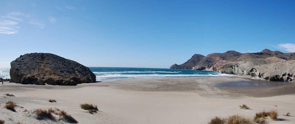 Una playa escóndida- horripics