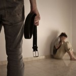 Violencia contra la pareja, de inmigrantes latinoamericanos y españoles