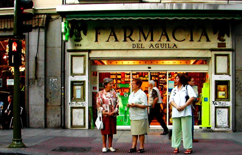 La compra de medicamentos en las farmacias- Antonio Martín