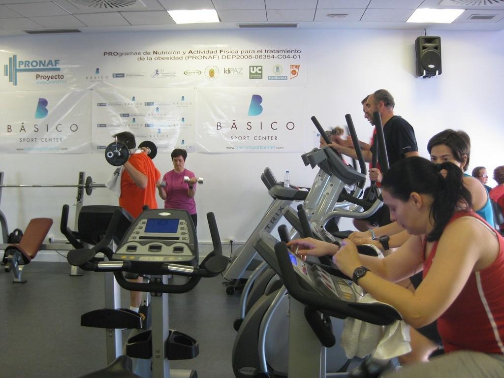 Dieta hipocalórica y ejercicio, un método eficaz para mejorar la salud de pacientes obesos