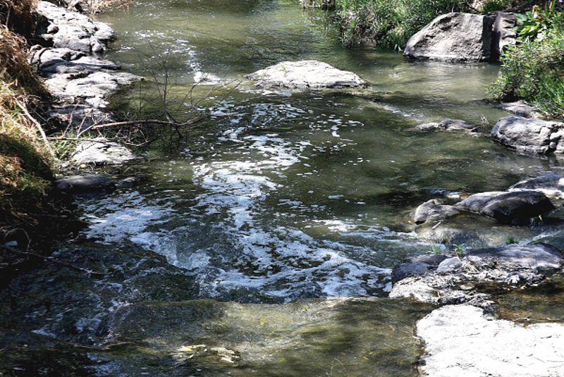 Aguas azul mezclilla, una contribución al deterioro ambiental