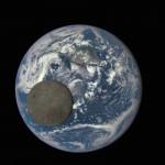 La Luna pasando frente a la Tierra, captada por la Cámara de Imagen Policromática de la Tierra (VIDEO)