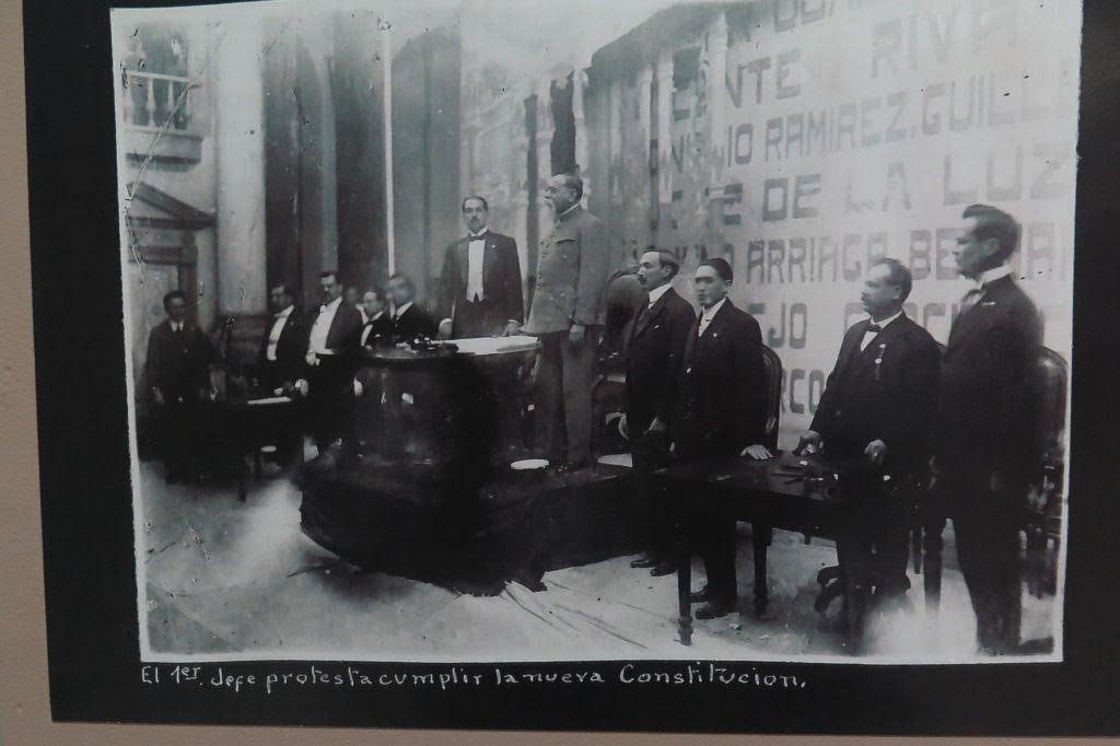 Alberga la FUL Cartas Magnas que dan sustento jurídico a la historia de México cómo Nación