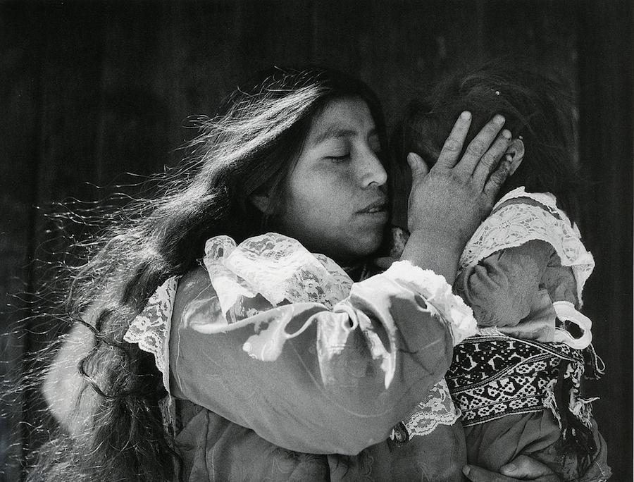 Mariana Yampolsky: una profunda mirada de México, de una conversa en mexicana