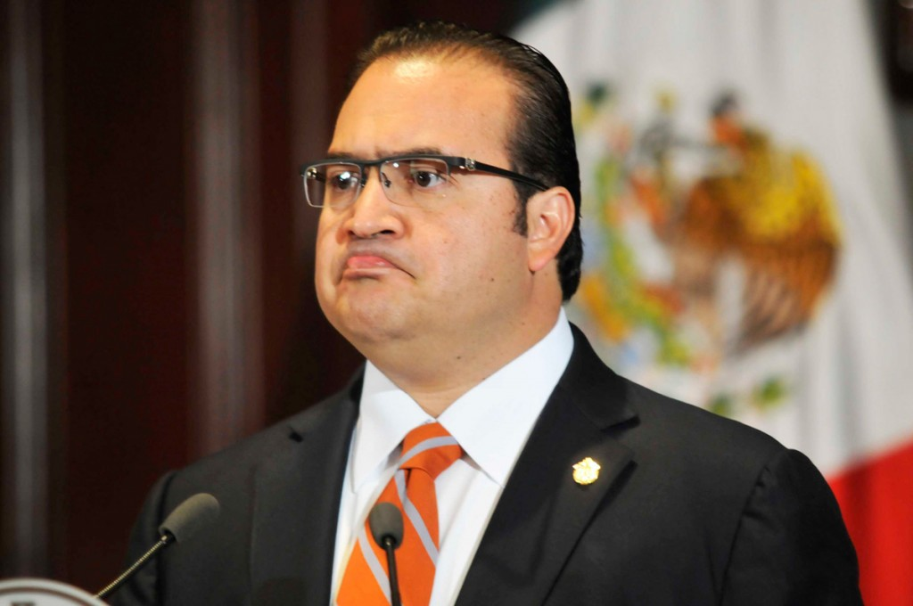 Javier Duarte elude pagarle a la Universidad Veracruzana