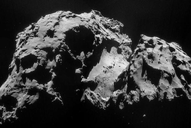 El hielo en los cometas, nueva información aportada por Rosetta