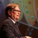 Debe mantenerse la inversión en ciencia y tecnología en México: George Smoot, Nobel de Física 2006