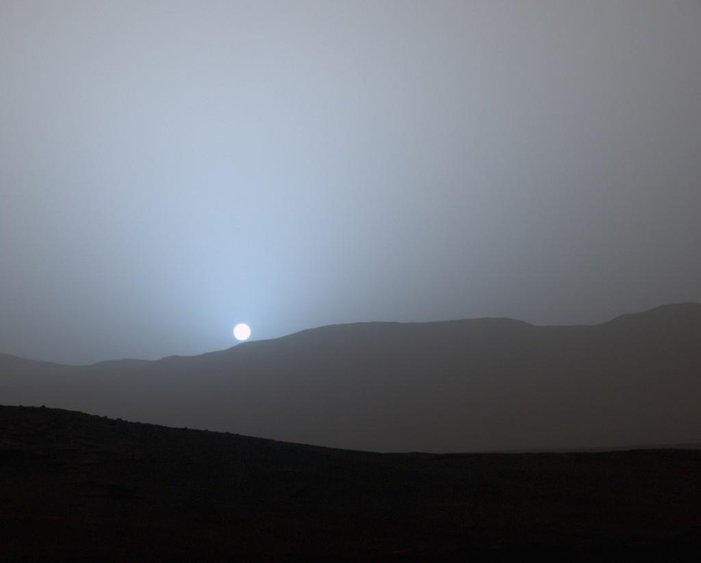 Puesta de sol en Marte vista desde el cráter Gale- Imagen NASA/JPL-Caltech/MSSS/Texas A&M Univ