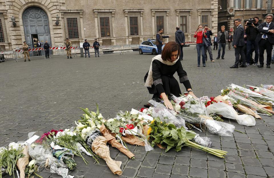Ofrenda para víctimas del terrorismo