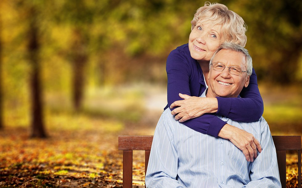 Ancianos felices- Fotolia