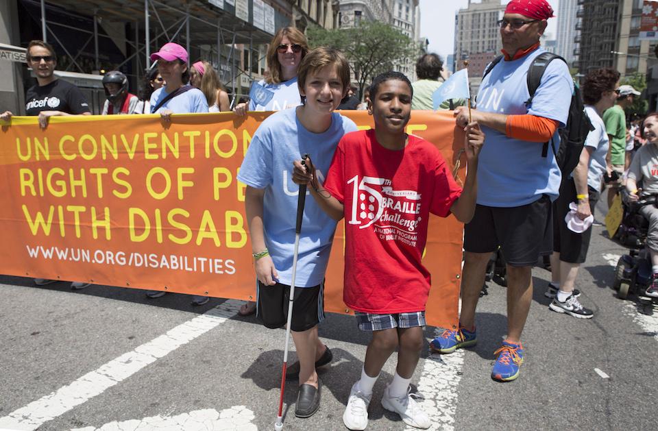 Primer desfile por la dignidad de las personas con discapacidad- Devra Berkowitz, ONU Foto