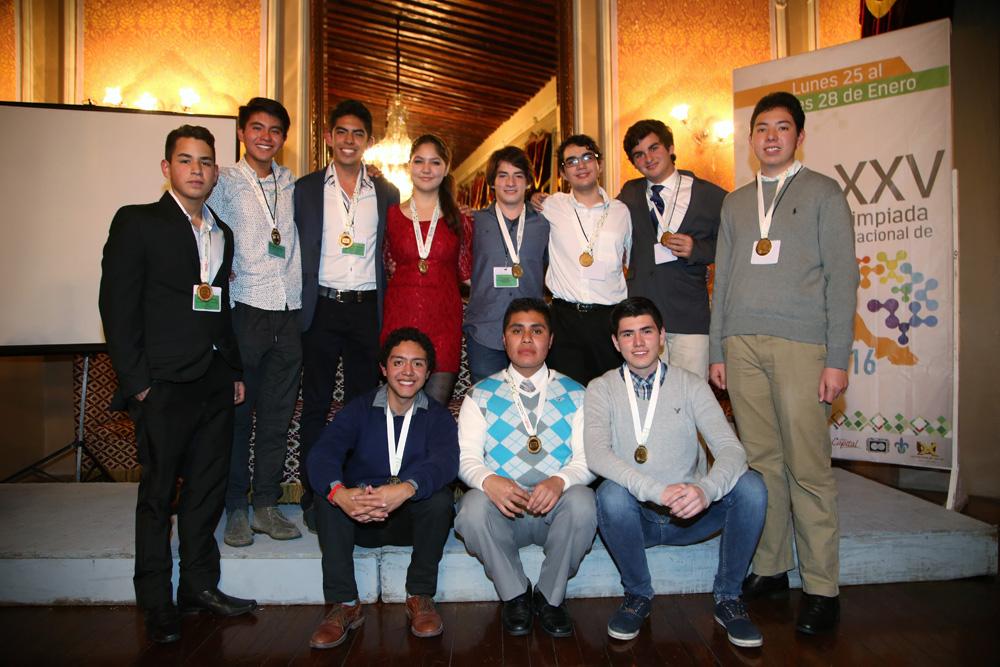 Ganadores de Medallas de Oro en la 25 Olimpiada Nacional de Biología 2016