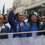 Sara Ladrón de Guevara en la marcha de la UV- Foto Tony Palacios