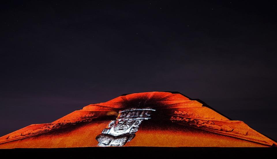 Teotihuacán, iluminación nocturna 11- JulioHdez
