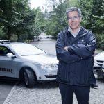 Los automóviles del futuro se comunicarán entre sí: Raúl Rojas