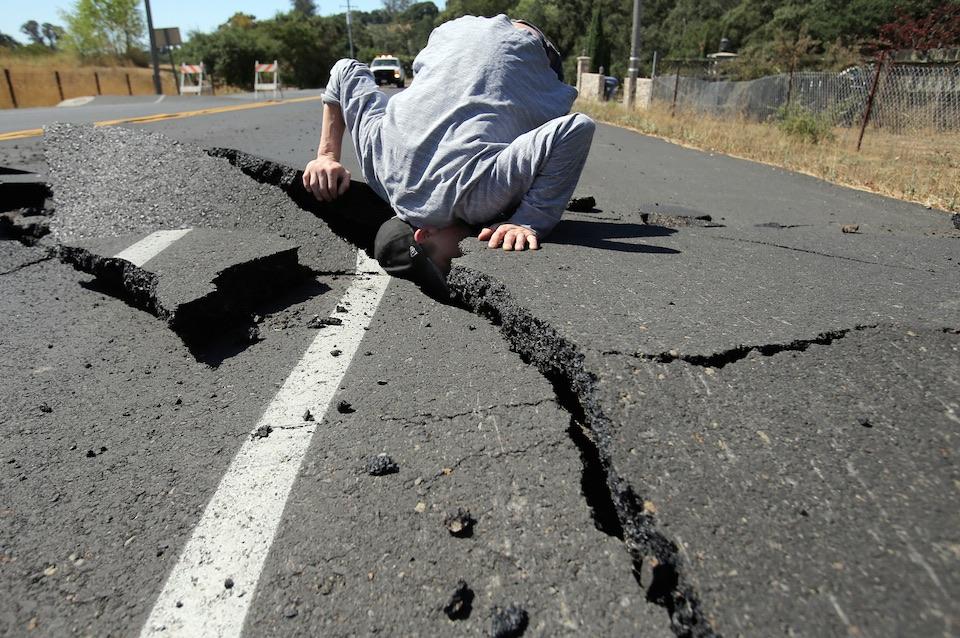 Revisando la grieta que el sismo abrió