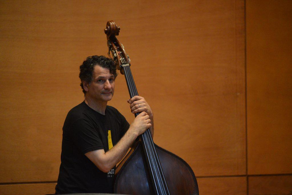 La clave para entender el jazz está en saber escuchar: John Patitucci