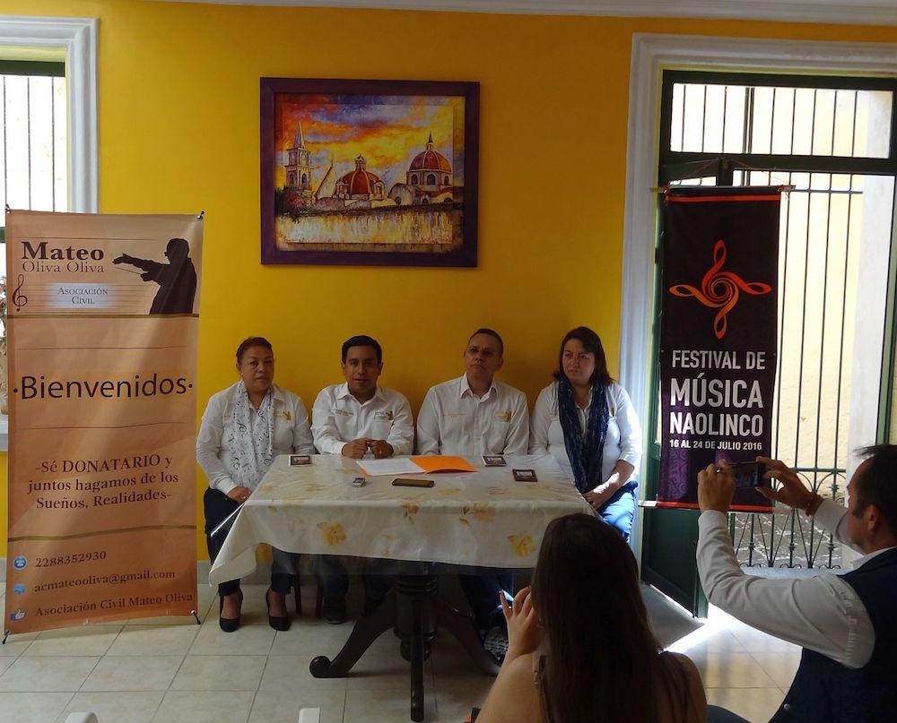 Integrantes de la asociación civil Mateo Oliva Oliva