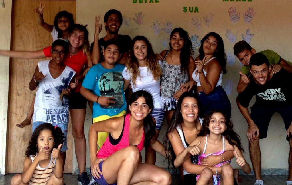 Jóvenes en una ONG