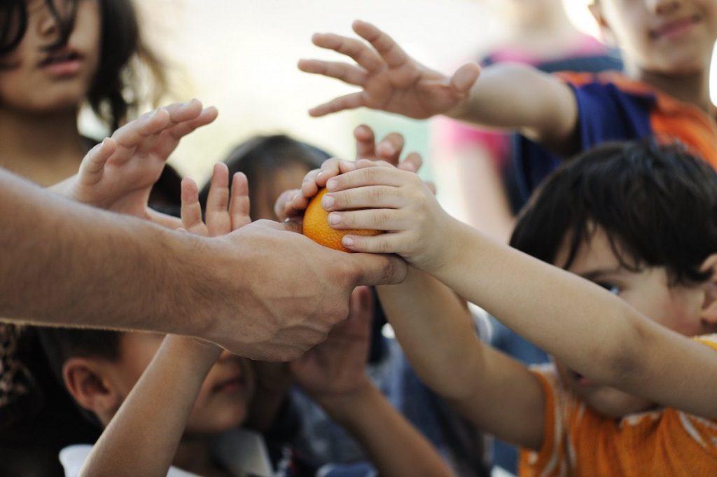 La beneficencia puede aliviar los peores efectos de las crisis humanitarias: Día Internacional de la Beneficencia