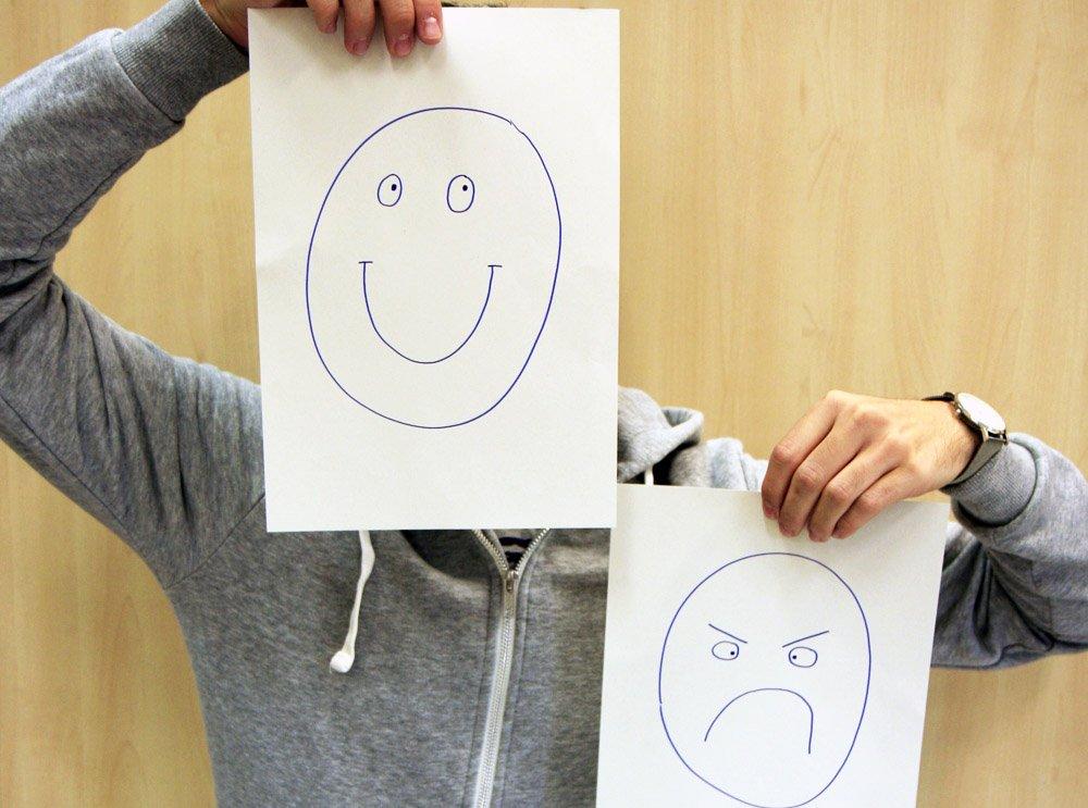 El estudio revela cuatro tipos básicos de personalidad: optimista, pesimista, confiado y envidioso. Crédito: UC3M