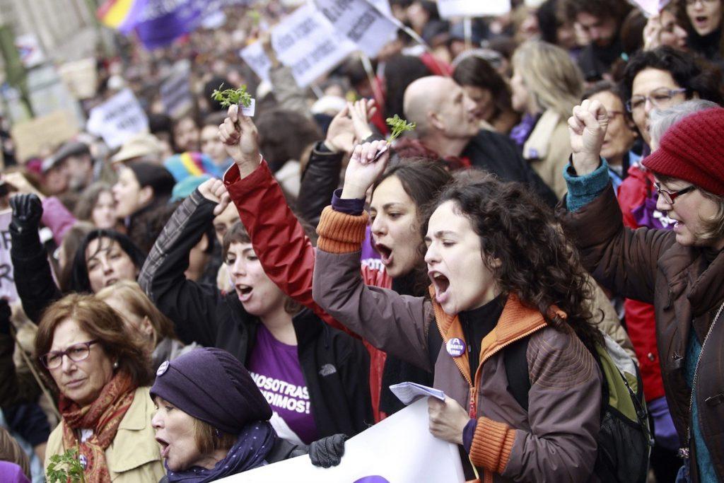 Cuerpo de mujer no garantiza pensamiento feminista: Marta Lamas