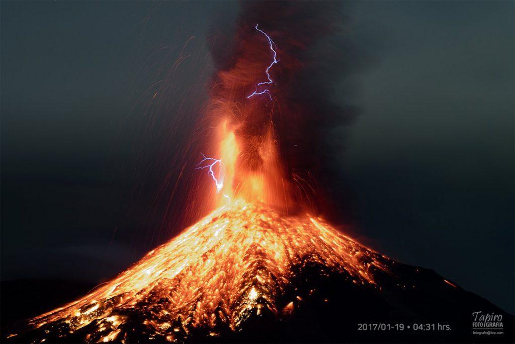Explosión en el Volcán de Colima