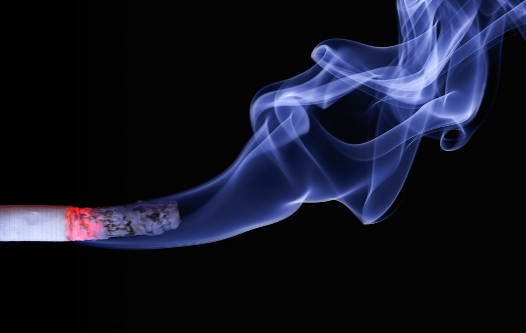 El tabaquismo en la gestación, aún pasivo, afecta al desarrollo cognitivo de los bebés