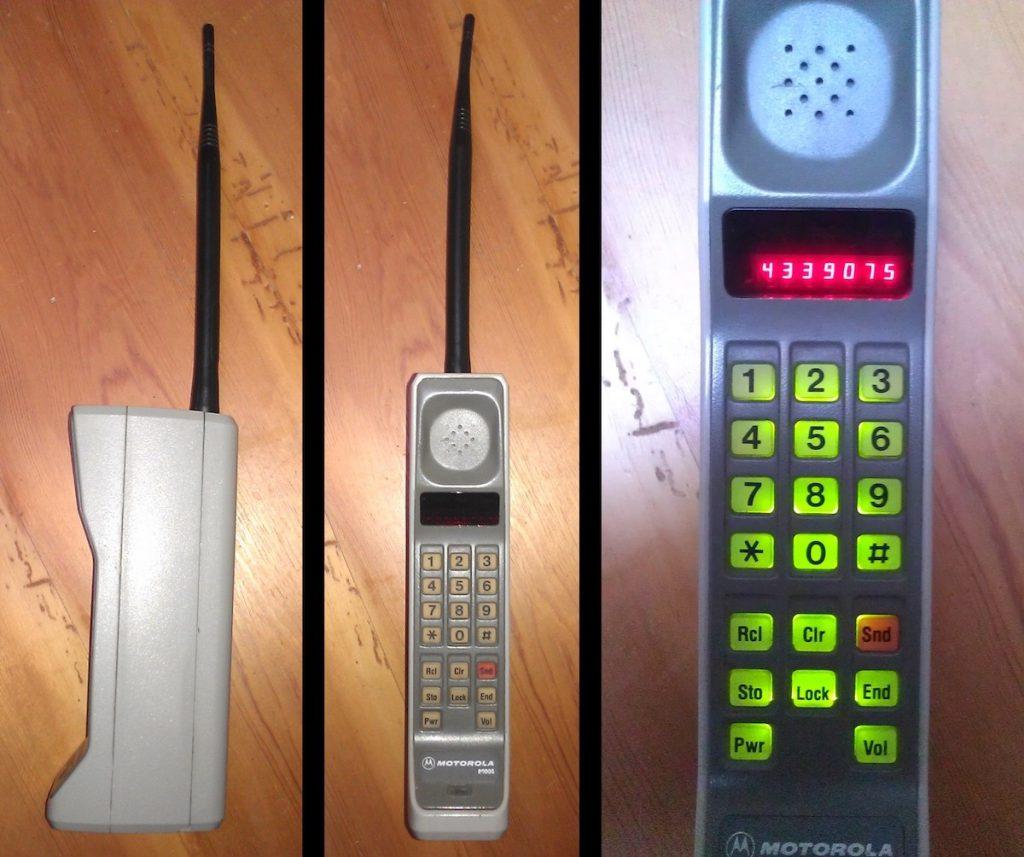 El primer teléfono celular, el Motorola Dynatac 8000s