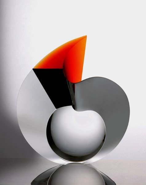 Lady, escultura abstracta de vidrio óptico, cortado y pulido- Vlastislav Janacek