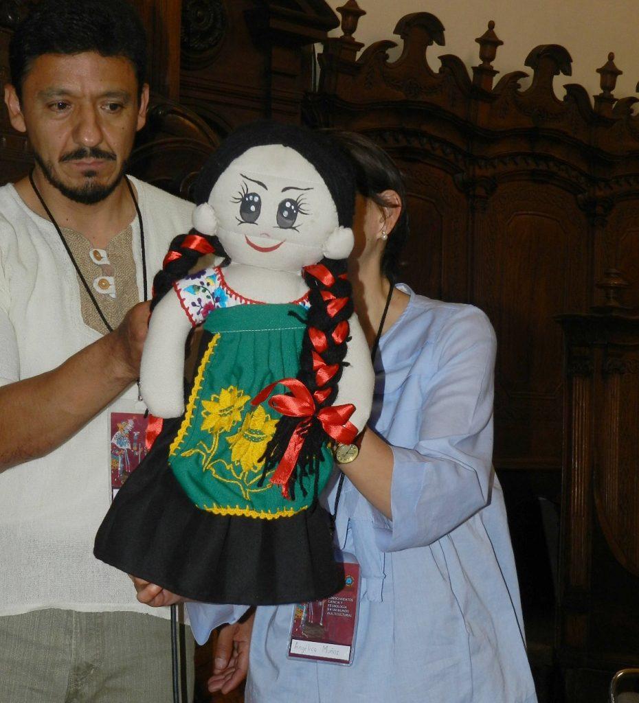 Una muñeca de Los Paquitos