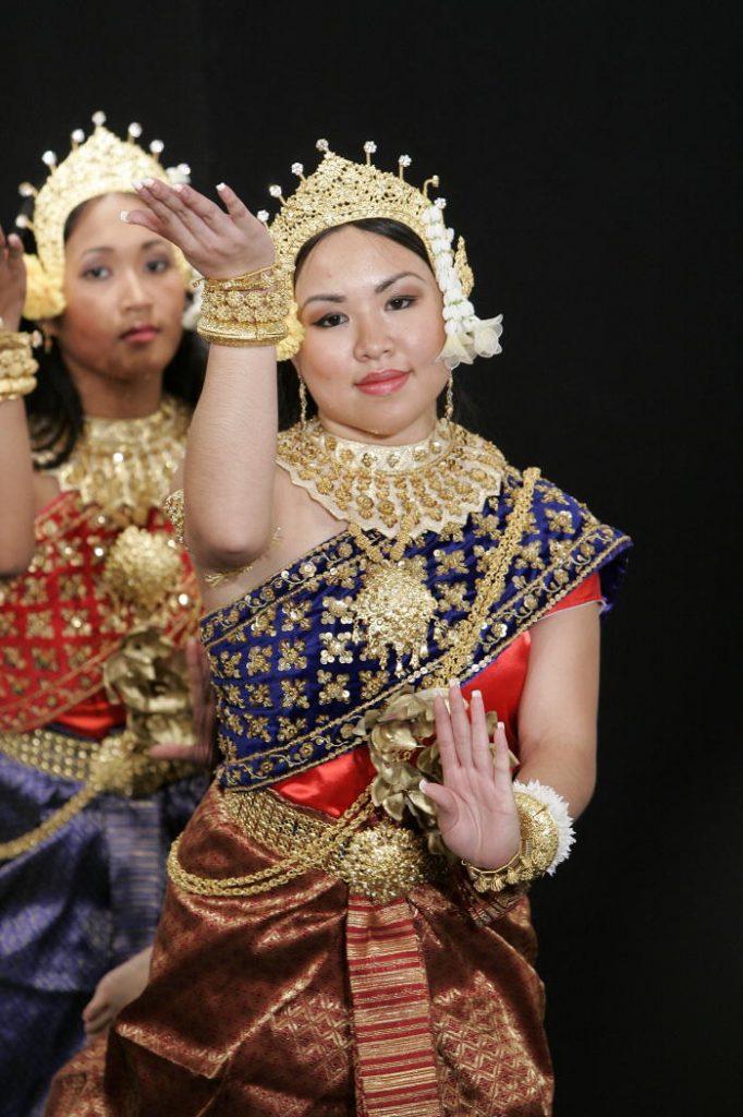 Bailarinas de Vietnam- Mark Garte, ONU Foto