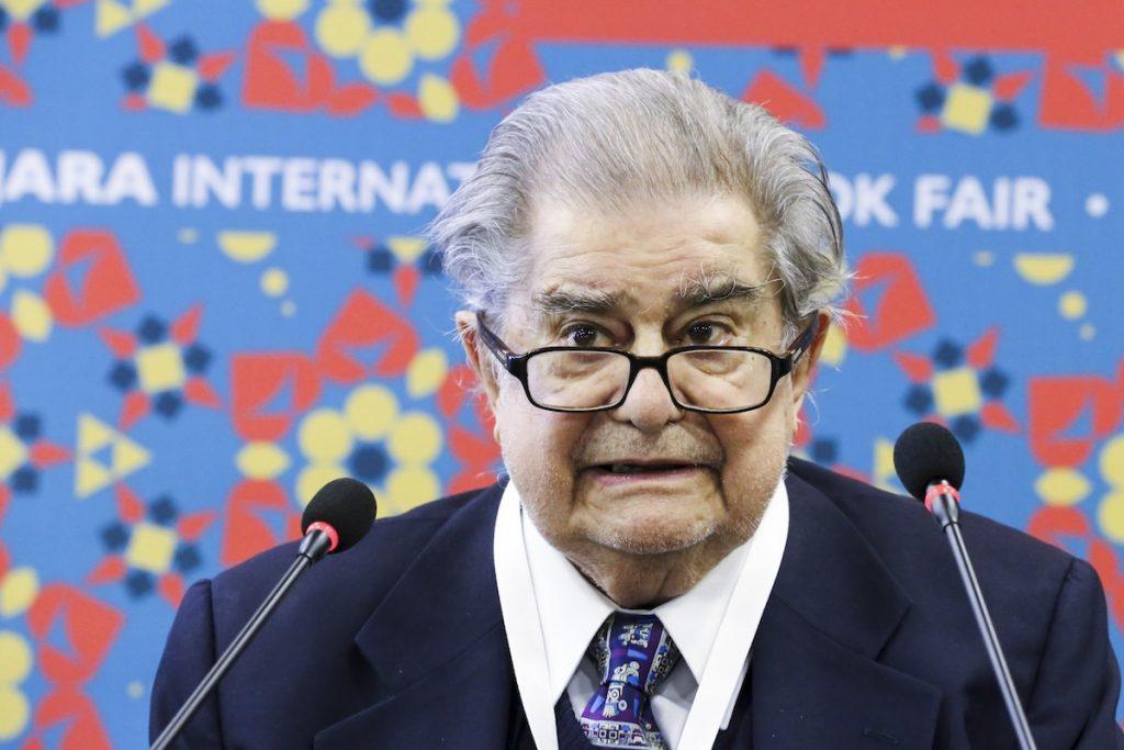 Miguel León Portilla, el historiador que redescubrió el mundo nahuátl de antes de la conquista
