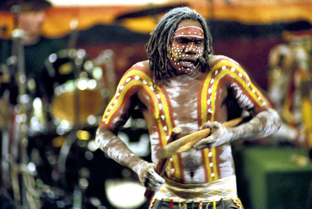 Un miembro de Yothu Yindi, una banda de rock aborigen de Australia- John Isaac, ONU Foto