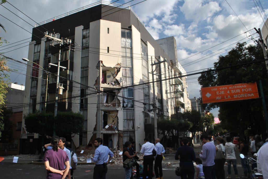 Edificio dañado en el sismo del 19 de septiembre de 2017, en la Ciudad de México